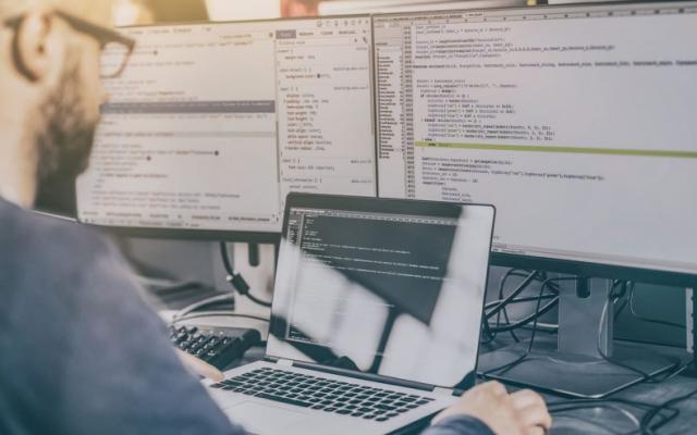 Разработчик ПО с применением технологий Java Enterprise Edition